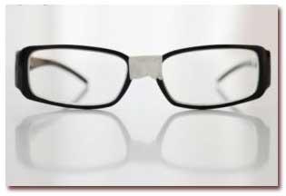 توصیه هایی برای تعمیر عینک شکسته