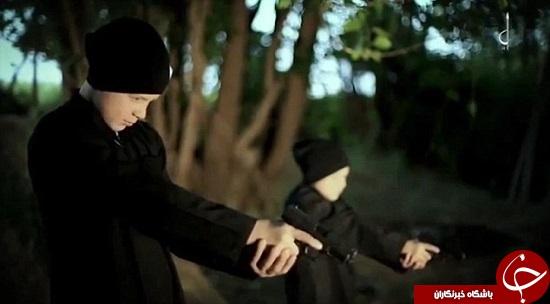 اعدام دو زندانی سوری به دست جلادان نوجوان داعش+تصاویر