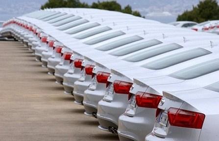 چه تعداد خودرو امسال وارد شد؟