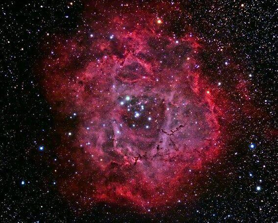 سحابی روزت از دید تلسکوپ هابل
