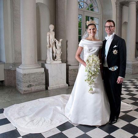تصاویر و مشخصات لباس عروس 15 شاهزاده خانم زیبا در جهان