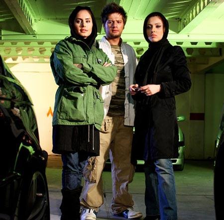 عکس های جنجالی علی صادقی با همسر و بچه هایش