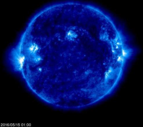 لکه عظیم خورشیدی نمایان شد، امکان مشاهده تا ۲ هفته دیگر