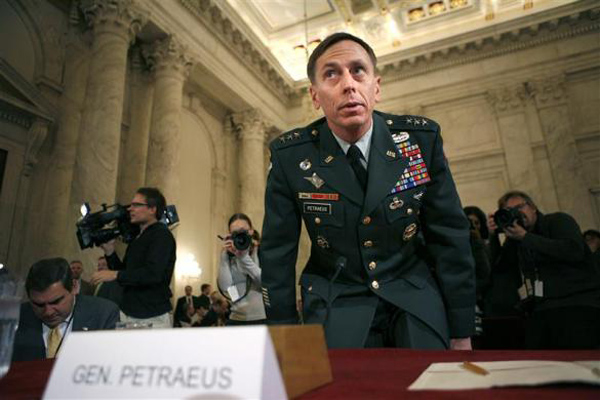 فرمانده سابق ارتش آمریکا: تبلیغ نفرت علیه مسلمانان، بازی در زمین داعش و القاعده است