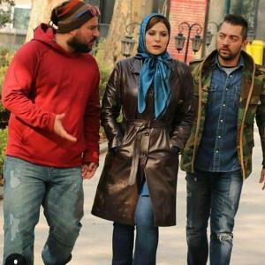 جهره ها/ بازیگران فیلم «بارکد»، امشب با لباس های فیلمشان در کاخ جشنواره