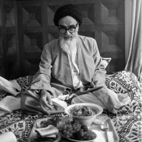 تصویری کمنظیر از امام خمینى