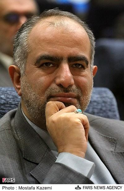 حسام الدین آشنا در لباس روحانیت