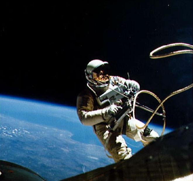 رکوردهای انسان در سفر فضایی