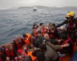 واشنگتن پست: کاپیتانی برای هدایت کشتی طوفان زده مهاجران وجود ندارد