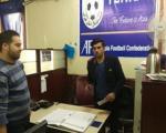 عکسی از مهاجم جدید استقلال در دفتر باشگاه